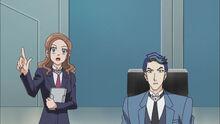 Hayami y Akira observando ENLACE VRAINS