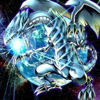 Foto dragón blanco de ojos azules jmp