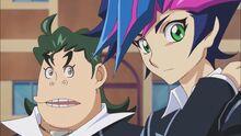 Yusaku y Naoki hablando sobre Otro