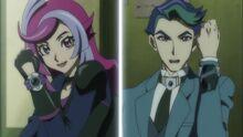 Emma y Akira conectándose