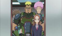 Hayami junto al equipo de cazarrecompensas