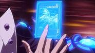 Dragón blanco alternativo de ojos azules carta película