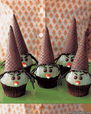 Cupcakeswiki0306 kids witchcupcakes xl