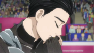 Yuuri kissing his ring