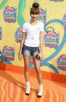 Zendaya-coleman-nickelodeon-s-kids-choice-awards-2014 1