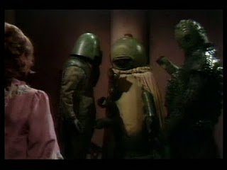 Ice Warriors talk to Centauri who is scared