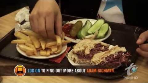 Man v Food S01 E09 New York-0