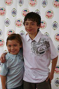 200px-Raymond and Ryan Ochoa