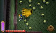 Wallmaster persiguiendo a Link ALBW