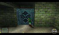Link empujando un bloque gigante