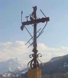 Réallon-cimetière-croix-2