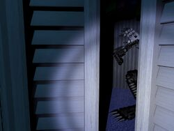 Nightmare Mangle Closet 3