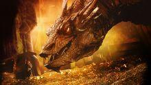 127439-The Hobbit The Desolation of Smaug-Smaug-Bilbo Baggins-dragon-treasure-gold