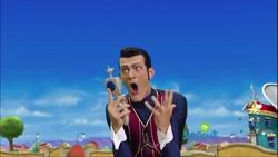 Robbie-Rotten-lazytown-39904118-2560-1440