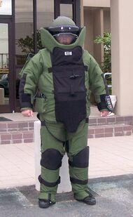 Защитный костюм сапера