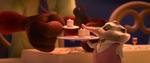 Shrew-serve-cake