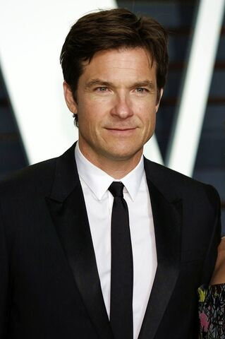 File:Jason-bateman-2015-vanity-fair-oscar-party.jpg